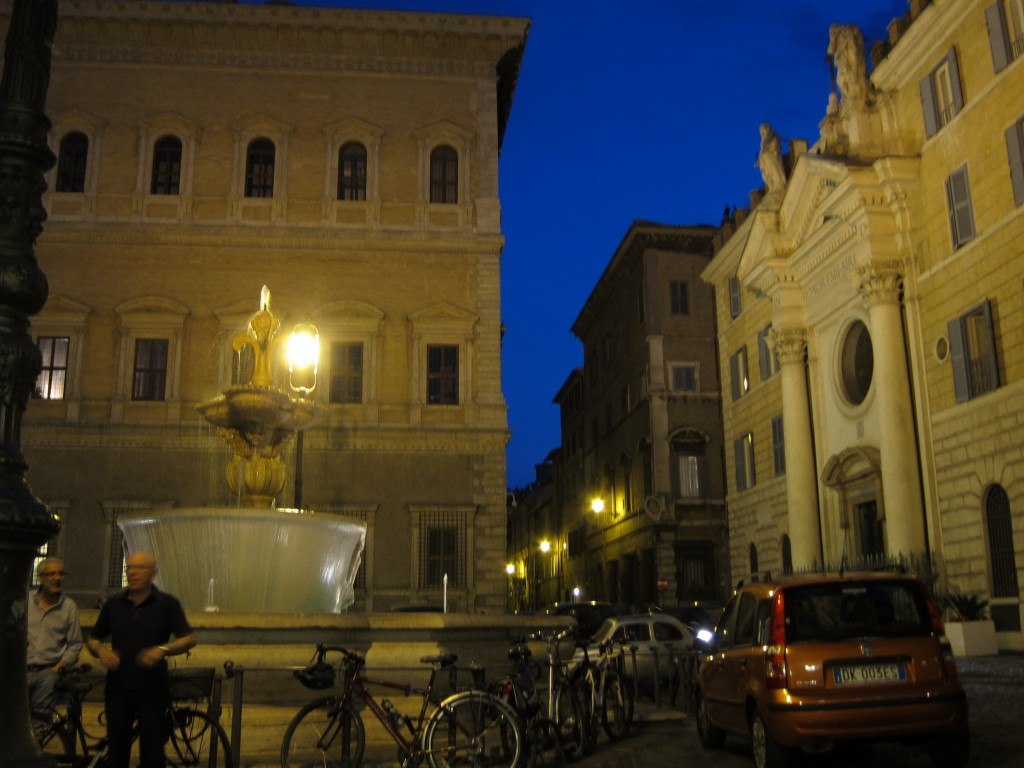 The Merits of the Piazza in Urban Design